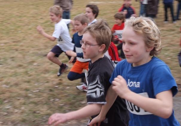 Bilder von der  Kreismeisterschaft im Waldlauf 2012