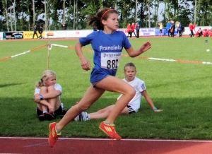 Souveräner Sieg über 800 Meter: Franziska Seebacher