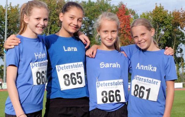 (von links):Helen Fischer,  Lara Schönith, Sarah Tränkel, Annika  Bode (nicht im  Bild Chiara  Roth und Jana Liß)