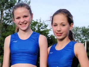 Siegerinnen W13 Helen Fischer und Rachel Fruchtmann W12