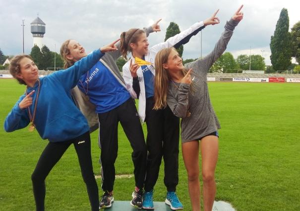 Badischer Mannschaftsmeister im Vierkampf: (von links) Rachel, Hanna, Franzi, Celine